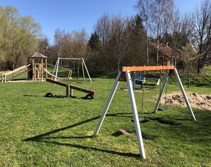 Der Spielplatz im Urlauberdorf